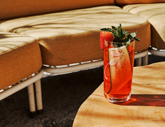 Cold, Tall and Fizzy: Raise a Glass to Summer with a Highball